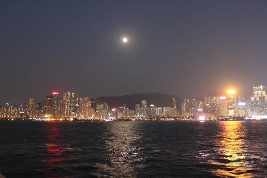The Ritz-Carlton, Hong Kong: Полнолуние