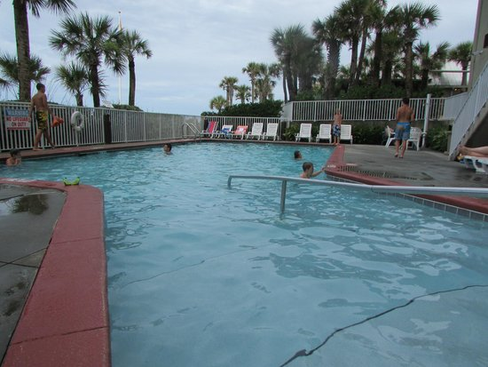 Legacy By The Sea: Hotel Pool