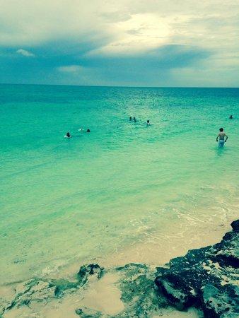 Memories Grand Bahama Beach and Casino Resort : Beautiful beach at Memories