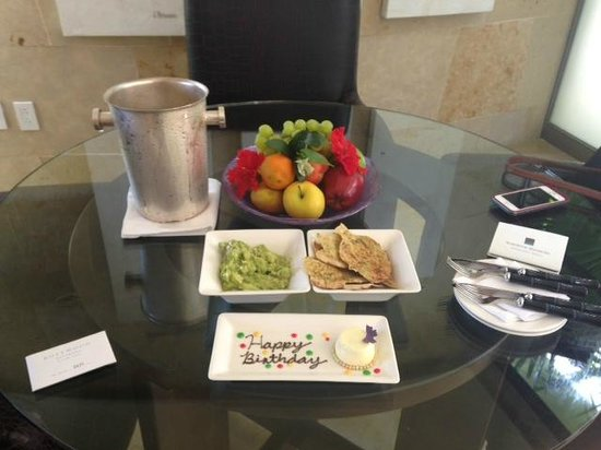 Rosewood Mayakoba: Sweet birthday greeting!