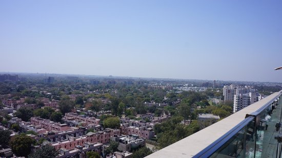 The Leela Palace New Delhi: View from rooftop pool