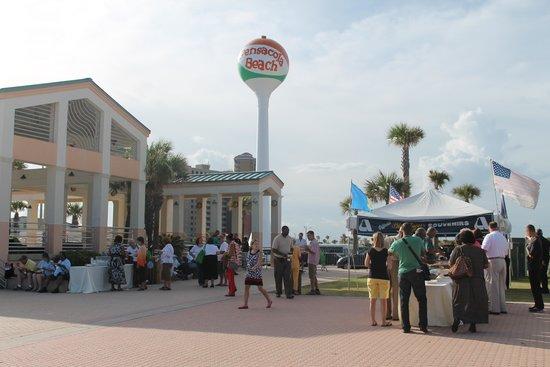 Pensacola Beach: Pavillion