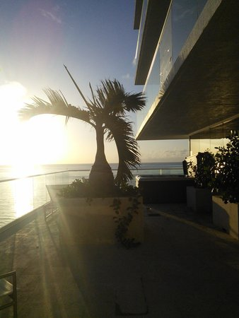 Grand Beach Hotel Surfside: don't forget to wake up early or you'll miss this amazing view