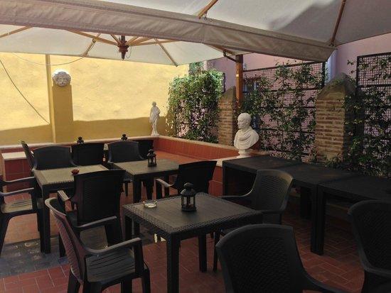 Casa campo de fiori updated 2018 prices guest house for Casa fabbrini guest mansion roma