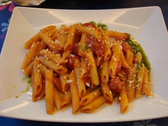CiampinoHotel: Tomato Pasta
