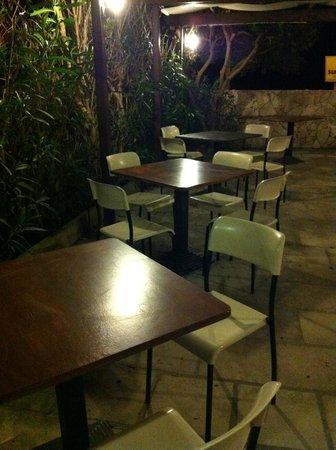 La Giara Resort : Tavoli della prima colazione