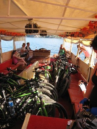 Neilson Adakoy Beachclub : Taking the bikes across to Marmaris / Icmeler