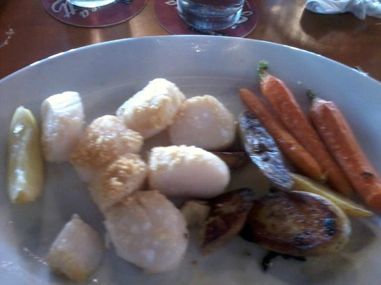 Cap'n Jack's Restaurant: scallops