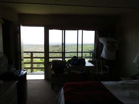 Far View Lodge : Our room and view