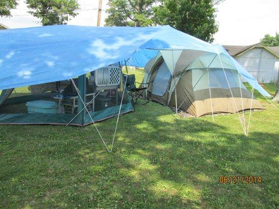 Rock Cabin Camping: Campsite