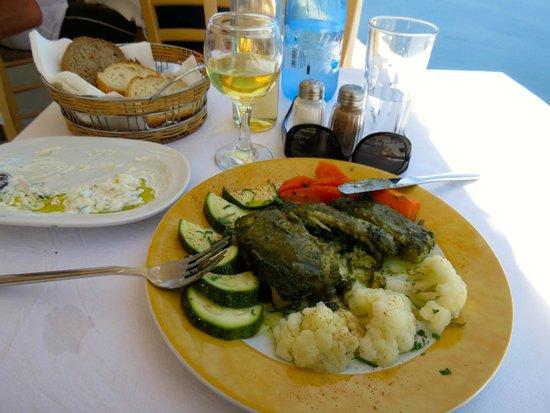 Skala Restaurant: tzatziki, sole stuffed with spinach