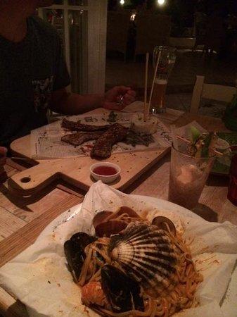 Sea Side by Notos : Seafood parcel