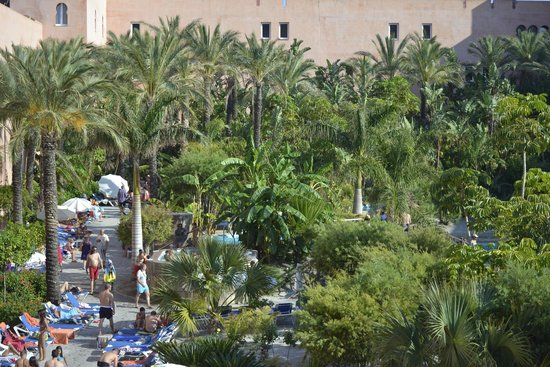 Playacalida Spa Hotel: Foto de la zona interior del hotel