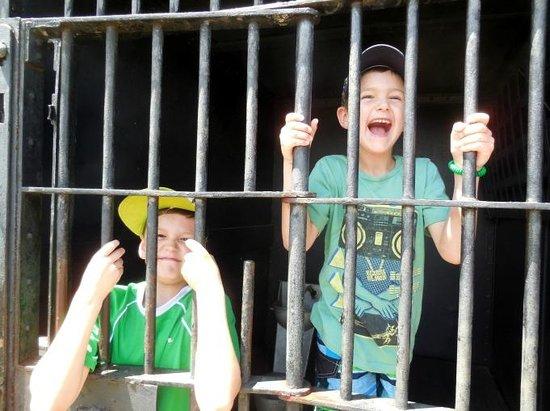 Paul Bunyan Land : In jail
