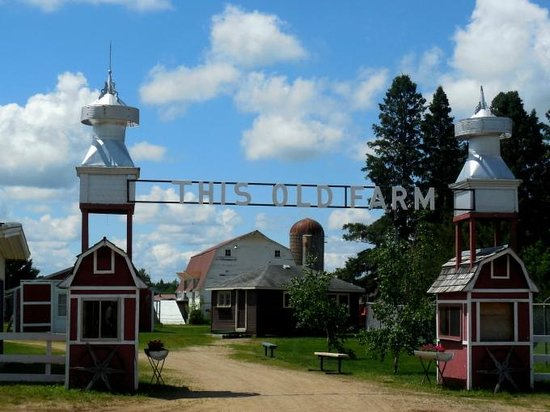 Brainerd, MN: This old farm