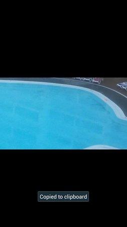 Globales Tamaimo Tropical : dirty pool