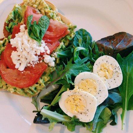Orange Blossom Cafe : Our amazing Juicy Tomato sandwich!