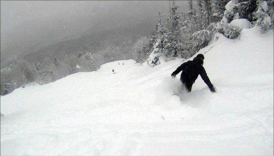 Nice powder day at Mont Sutton!