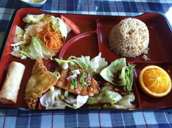 Cafe de Bangkok : Great food, great service & idyllic river view!
