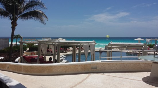 Sandos Cancun Luxury Resort: espectacular