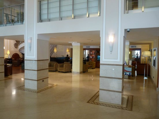Renaissance Naples Hotel Mediterraneo : lobby