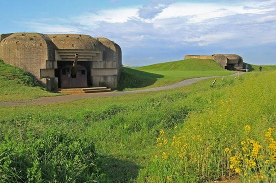 OverlordTour : German bunkers above Gold Beach