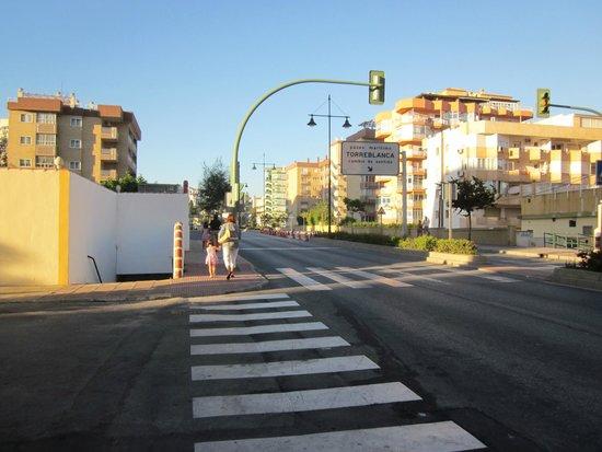 Hotel Mainare Playa Fuengirola: Straße