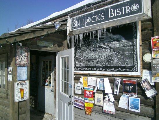 Bullocks' Bistro: The entry way for Bullock's Bistro