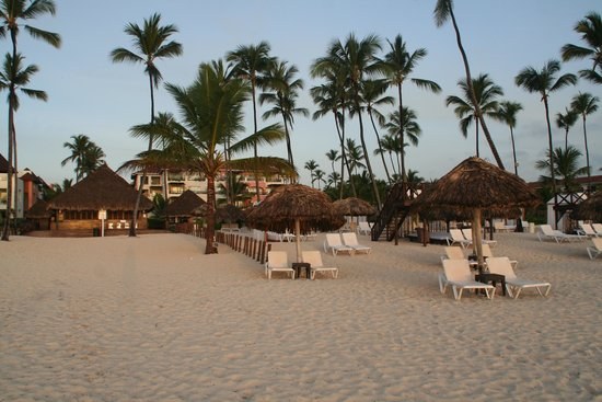 Secrets Royal Beach Punta Cana: Private beach