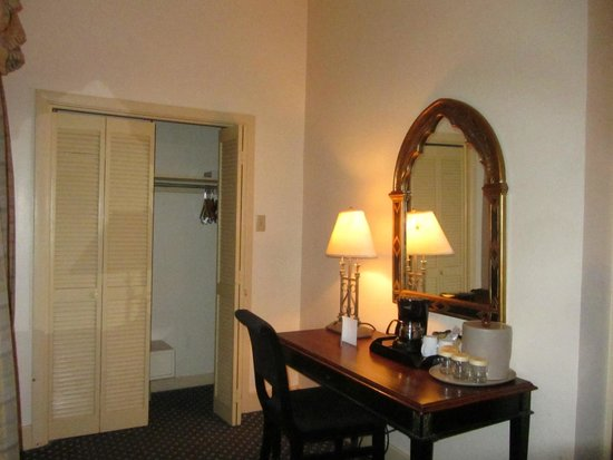 Place d'Armes Hotel: alternate view
