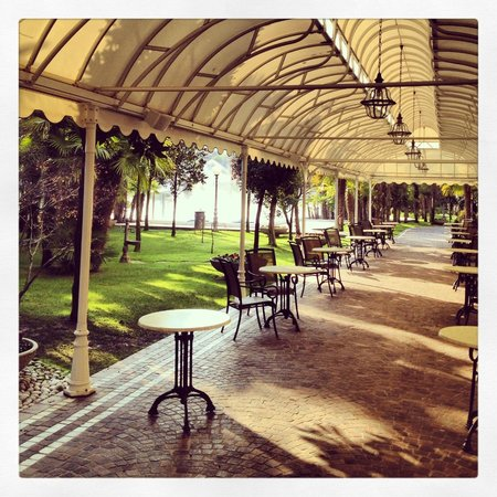 Abano Grand Hotel: около бассейна