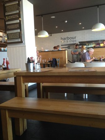 Harbour Fish & Chips: seating area