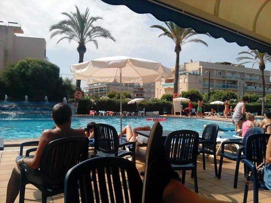 Hotel Mare Nostrum : piscina