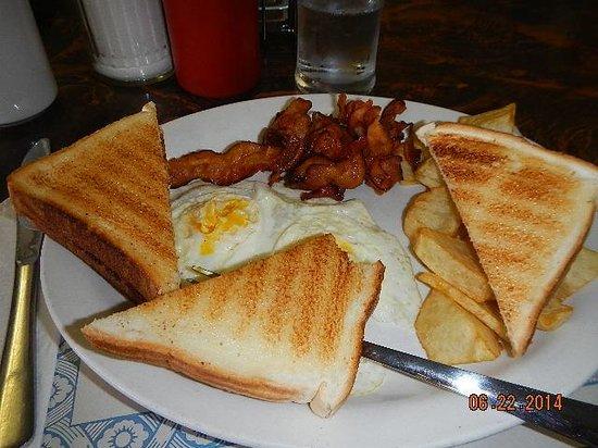 Chateau Guay Motel: breakfast