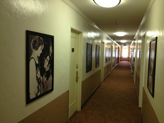 Hollywood Historic Hotel: Corridor on the 3rd Floor