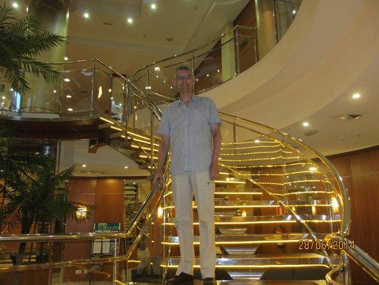 Hotel RH Victoria: the main staircase