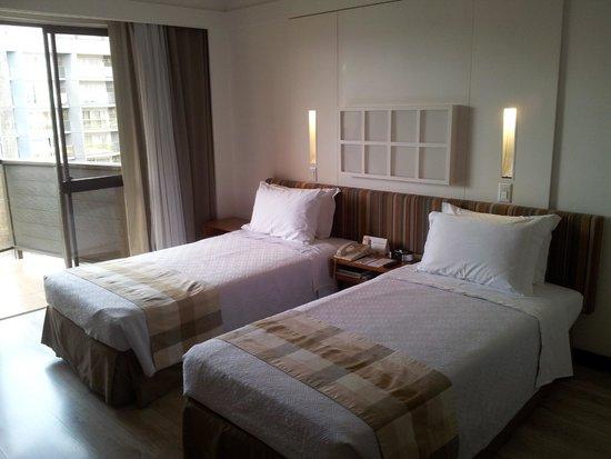 Kubitschek Plaza Hotel: The Room