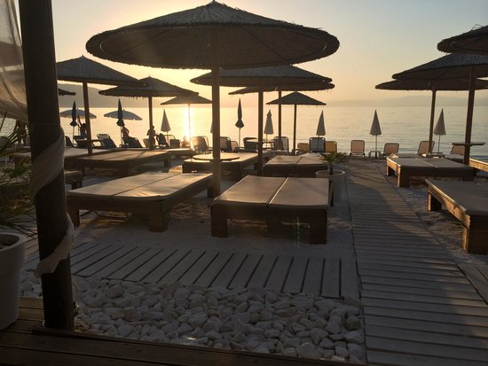 Emerald Apartments: Sunset in thassos town xx