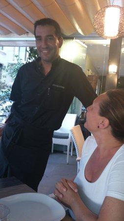 Restaurant Ses Oliveres: Juan il sinpatico e veloce cameriere