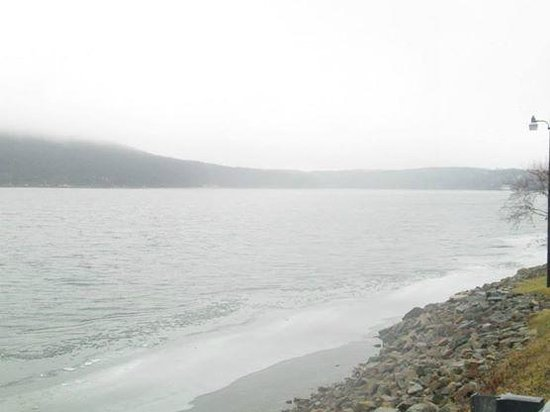 Deep Creek Lake State Park : Sun wasn't out this day, but still Beautiful!