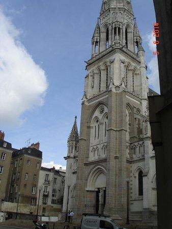 Cathédrale de Saint-Pierre et Saint-Paul : la cathédrale
