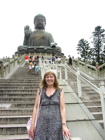 Eaton, Hong Kong: Me and Big Budda [237 steps up!!!]