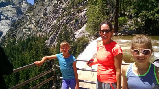 Vernal Fall : the family at the top