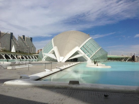 Ciudad de las Artes y las Ciencias: City of the Arts and Sciences