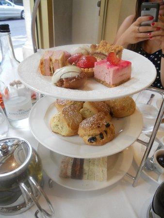 Harlequin Restaurant : Afternoon tea