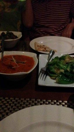 Spice Restaurant & Bar: bhindi with cheese nan