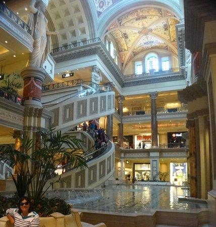 Caesars Palace: Forum Shops