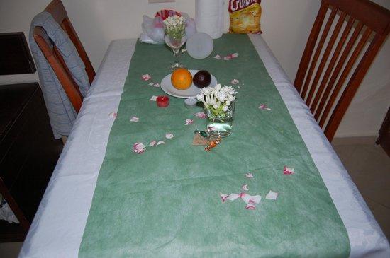 Alexandra Beach Resort: Maria har stelt rommet