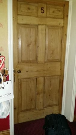 Kirkby House Hotel: door to our room