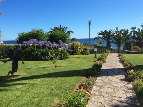 Muthu Clube Praia da Oura: view from the hotel gardens